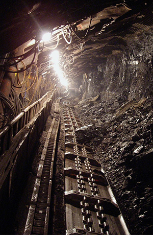Image of a mine underground